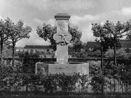 Johanna-Brunnen in der Kolonie III in Leverkusen